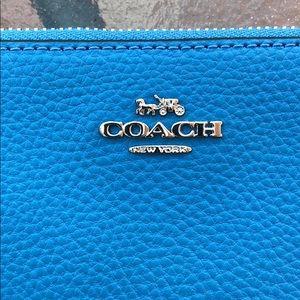 Coach Bags - NWT Coach Wristlet